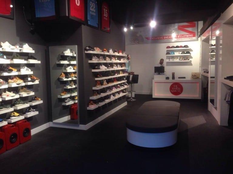 Exclusive sneakers & streetwear
