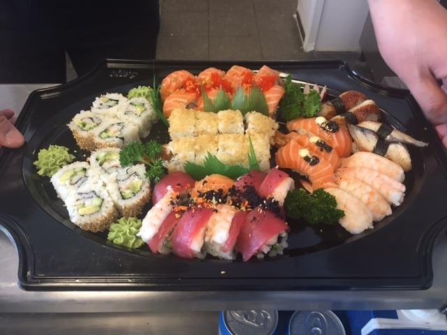 Mercurius vis & sushi